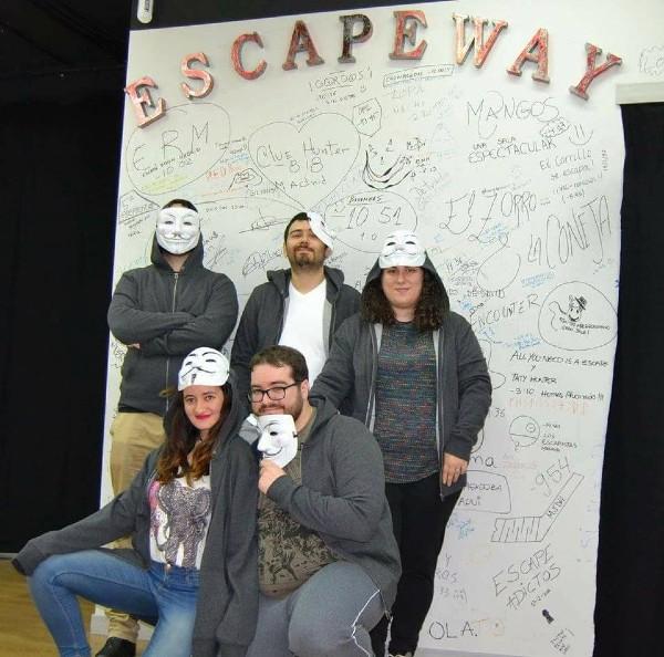 """""""El escondite del hacker"""" de Escape Way"""