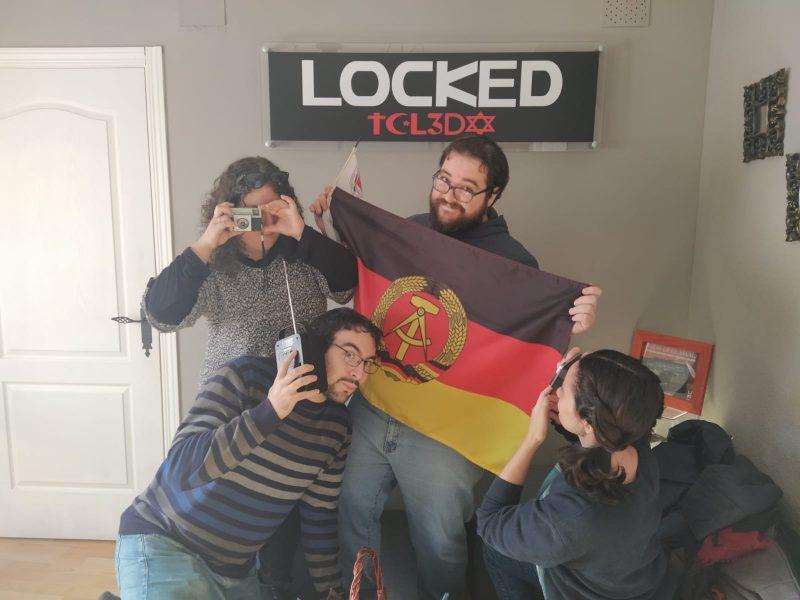 """""""La escucha"""" de Locked Toledo"""