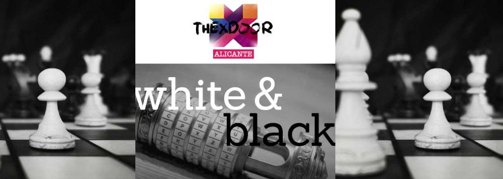 «White & Black» de The X-Door (Alicante) [SALA CERRADA]
